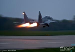 Start MiG-a 29 z perspektywy pilota
