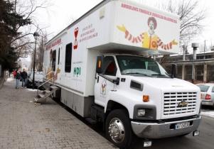 Bezpłatne badania USG dzieci w kierunku nowotworów w nowoczesnym ambulansie
