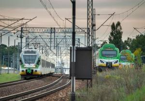 Od 24 sierpnia duże utrudnienia w kursowaniu pociągów w Warszawie
