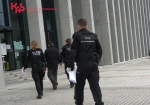 KAS i Policja rozbiły grupę przestępczą obracającą fikcyjnymi fakturami