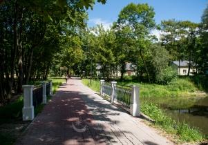 Nowe mostki w parku