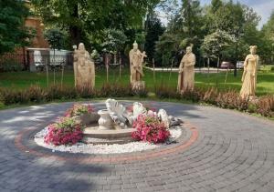 Podejrzany o uszkodzenie fontanny w Cegłowie zatrzymany