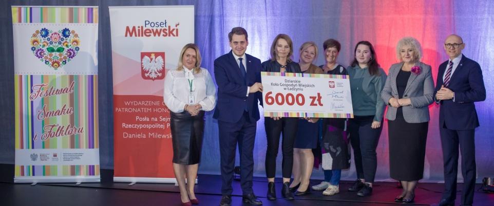 Ponad 800 tysięcy na działalność KGW w powiecie mińskim